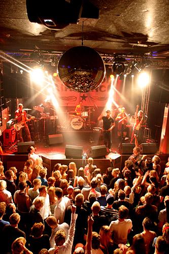 2004-10-01 - Kingston Airforce spelar på Sticky Fingers, Göteborg