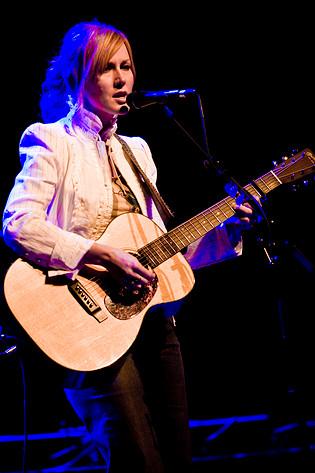 2008-06-03 - Allison Moorer performs at Cirkus, Stockholm