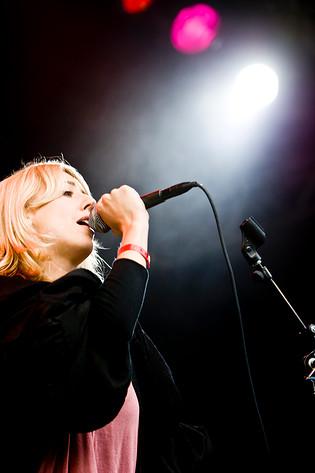 2008-06-28 - Veronica Maggio spelar på Peace & Love, Borlänge
