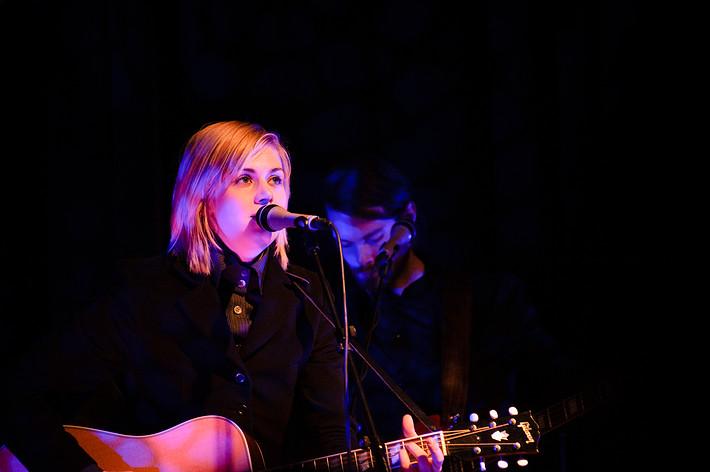 2008-12-06 - Anna Ternheim spelar på Babel, Malmö