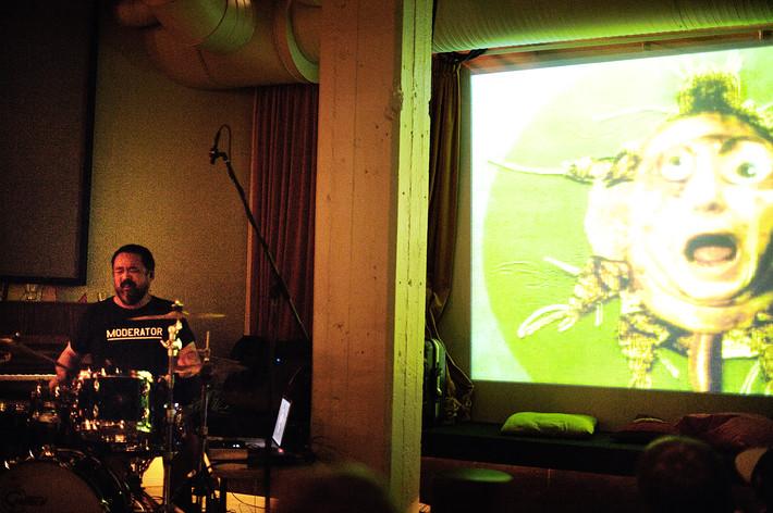 2009-09-28 - Acid Mothers Temple performs at Debaser Hornstulls Strand, Stockholm