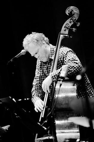 2010-04-17 - Anders Jormin performs at Konserthuset, Stockholm