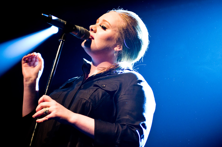 2011-03-23 - Adele performs at Debaser Medis, Stockholm
