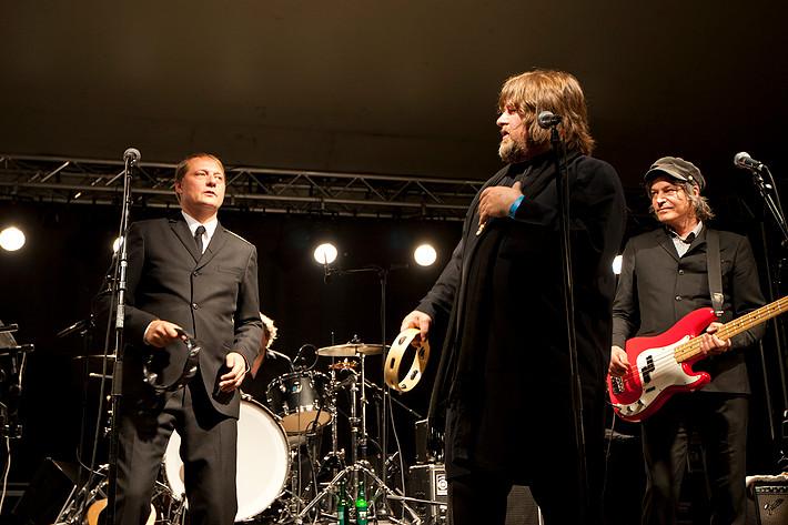 2011-08-23 - Weeping Willows spelar på Södra Teatern, Stockholm