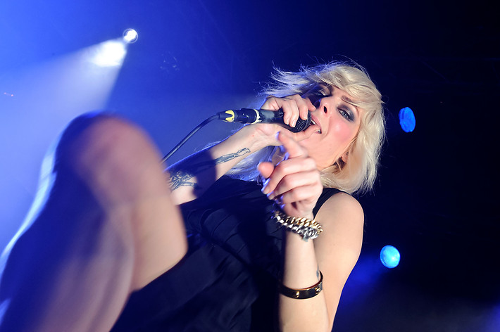 2012-02-13 - The Sounds performs at Kulturfabrik Kofmehl, Solothurn