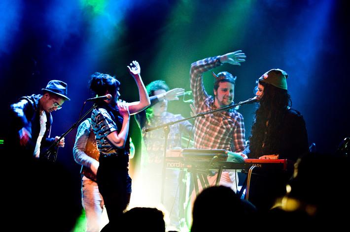 2012-04-06 - Soko spelar på Debaser Medis, Stockholm