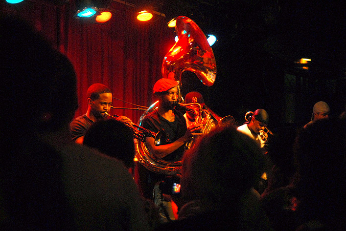 2012-06-09 - Hypnotic Brass Ensemble spelar på Fasching, Stockholm