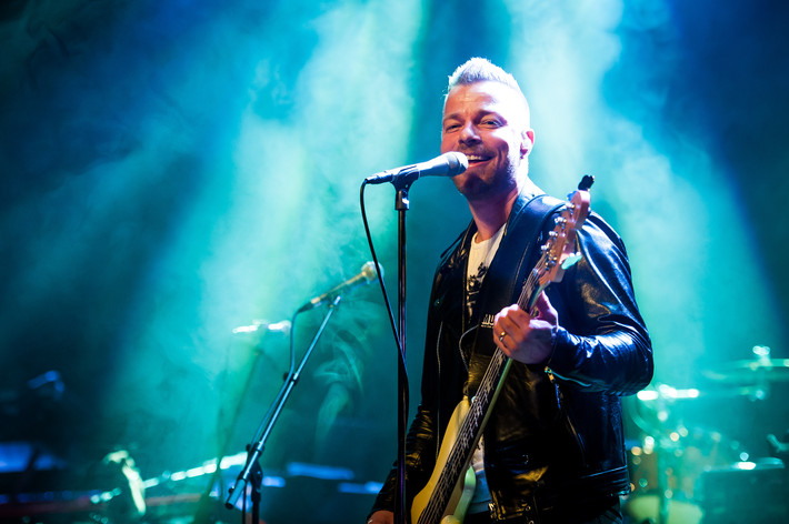 2013-05-09 - Arvingarna performs at Vida Arena, Växjö