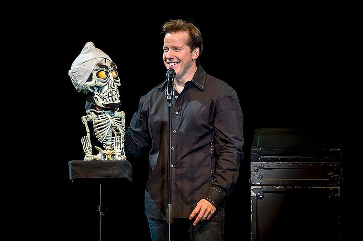 2013-09-25 - Jeff Dunham performs at Lisebergshallen, Göteborg