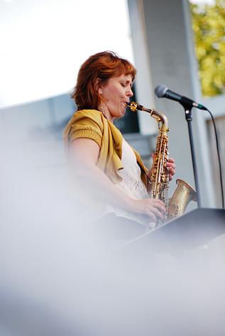 2014-08-18 - Amanda Sedgwick Quintet spelar på Skansen, Stockholm
