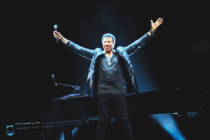 2015-02-22 - Lionel Richie performs at Globen, Stockholm
