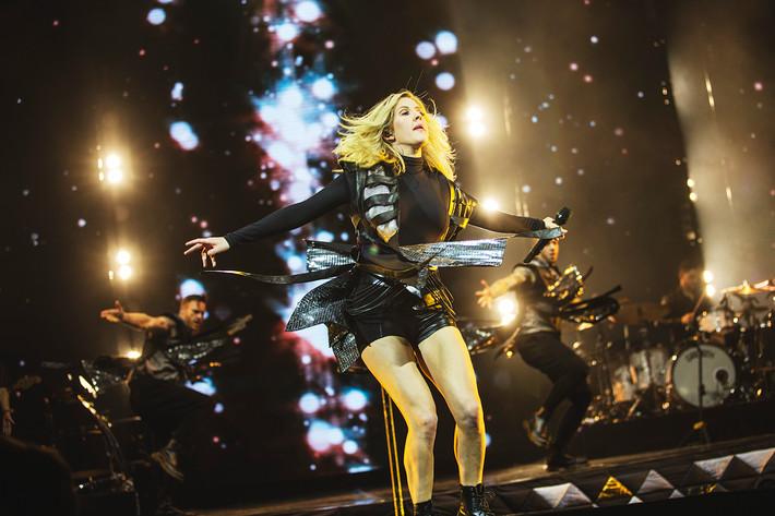 2016-03-03 - Ellie Goulding performs at Globen, Stockholm