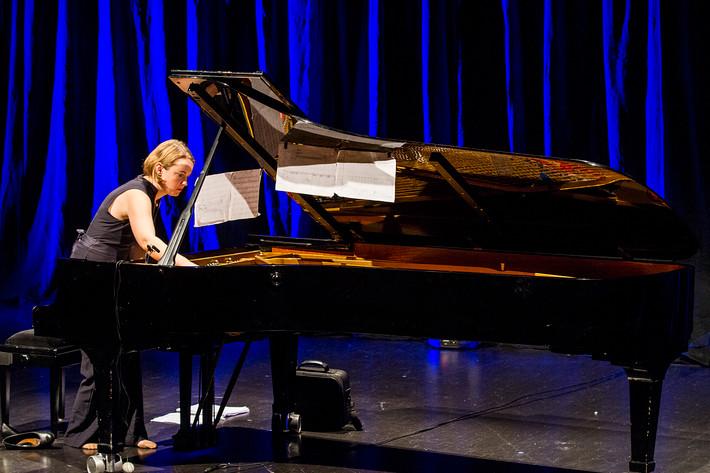 2016-11-09 - Anna Christensson performs at Kulturhuset, Stockholm