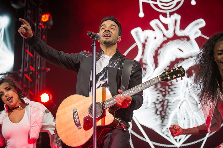 2017-08-12 - Luis Fonsi performs at Globen, Stockholm