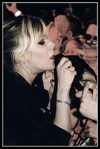 2003-05-24 - The Sounds spelar på Sticky Fingers + Högfjällshotellet + Huskvarna Folkets Park, Göteborg