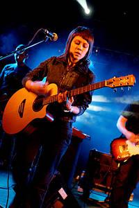 2005-06-18 - Tegan & Sara spelar på Hultsfredsfestivalen, Hultsfred