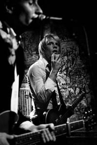 2006-11-07 - Kristian Anttila spelar på Kafé 44, Stockholm