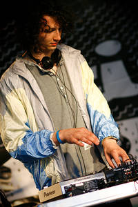 2007-06-14 - Kissey Asplund spelar på Hultsfredsfestivalen, Hultsfred