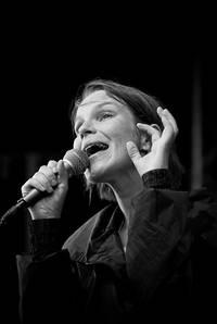 2008-06-26 - Anna Järvinen performs at Peace & Love, Borlänge