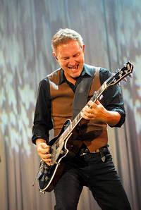 2009-07-30 - Tomas Ledin, Caroline af Ugglas spelar på Skansen, Stockholm