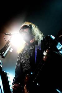 2009-11-30 - Ace Frehley spelar på Debaser Medis, Stockholm