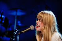 2010-07-15 - Anna von Hausswolff spelar på Arvikafestivalen, Arvika