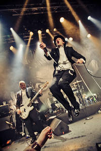 2012-03-31 - The Hives performs at Debaser Medis, Stockholm