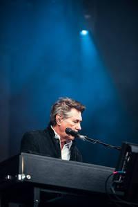 2017-06-15 - Bryan Ferry performs at Gröna Lund, Stockholm